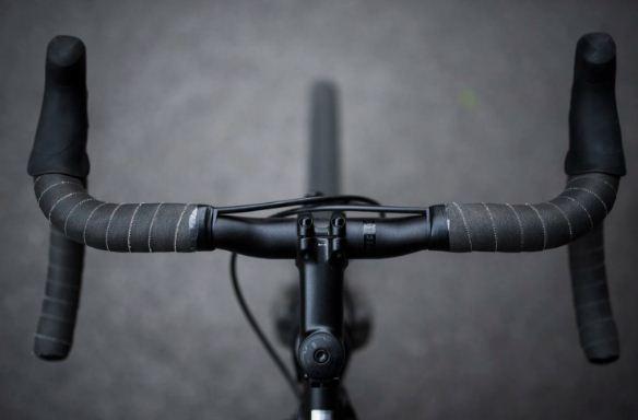 rower wycieczka rowerowa - kierownica